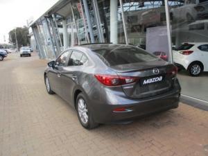 Mazda MAZDA3 2.0 Individual automatic - Image 2