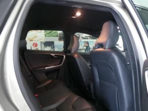 Volvo XC60 D4 Momentum - Image 7
