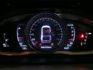 Volvo XC60 D4 Momentum - Image 9