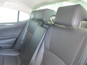 Lexus ES 250 EX - Image 11