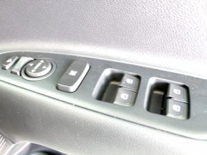 Kia RIO 1.4 TEC automatic 5-Door - Image 15