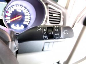 Kia Grand Sedona 2.2 Crdi SXL automatic - Image 23