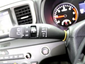 Kia Sportage 2.0 Crdi EX+ automatic - Image 20