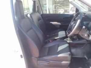 Toyota Hilux 2.4GD - Image 5