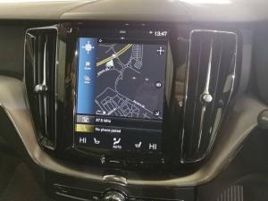 Volvo XC60 D5 AWD Momentum - Image 12