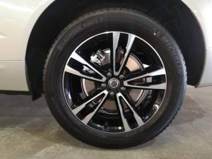 Volvo XC60 D5 AWD Momentum - Image 6