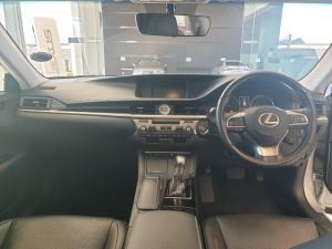Lexus ES 250 EX - Image 8