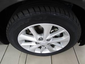 Toyota Auris 1.6 XR - Image 10