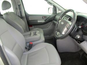 Hyundai H-1 2.5 Crdi A/T/ 2.5 Elite automatic - Image 10