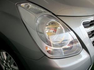 Hyundai H-1 2.5 Crdi A/T/ 2.5 Elite automatic - Image 18