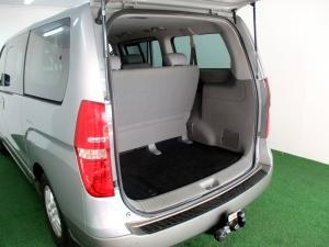 Hyundai H-1 2.5 Crdi A/T/ 2.5 Elite automatic - Image 7