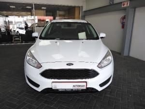 Ford Focus sedan 1.0T Ambiente - Image 2