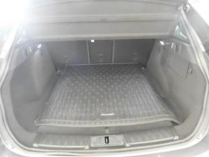 Jaguar F-PACE 3.0D AWD R-SPORT - Image 2