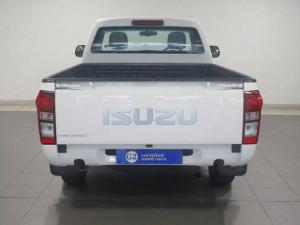 Isuzu KB 250 - Image 6