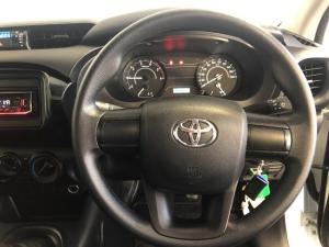Toyota Hilux 2.4GD (aircon) - Image 14