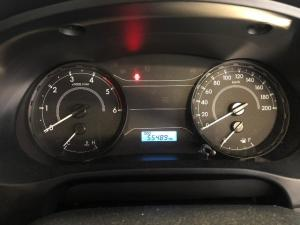 Toyota Hilux 2.4GD (aircon) - Image 8