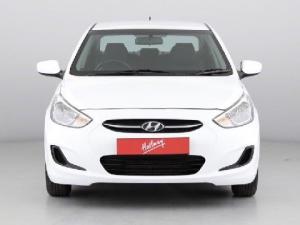 Hyundai Accent 1.6 GL - Image 2