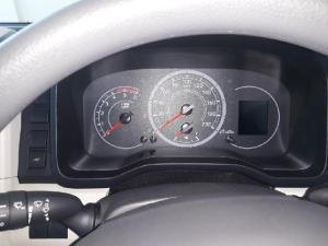 Toyota Quantum 2.8 SLWB bus 14-seater GL - Image 10