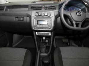 Volkswagen CADDY4 MaxiCrewbus 2.0 TDi DSG - Image 18