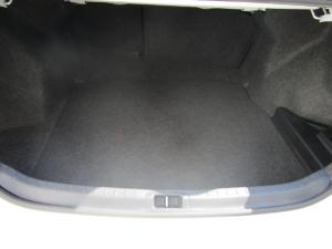 Toyota Corolla 1.4D Prestige - Image 10