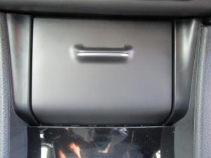 Toyota Corolla 1.4D Prestige - Image 27