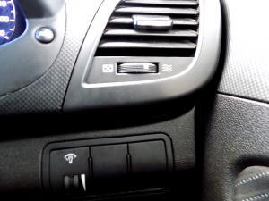 Hyundai Accent 1.6 GLS/FLUID automatic - Image 16