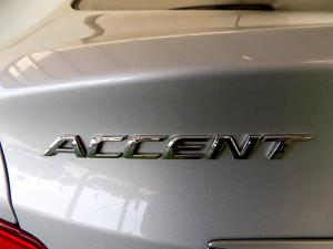 Hyundai Accent 1.6 GLS/FLUID automatic - Image 26