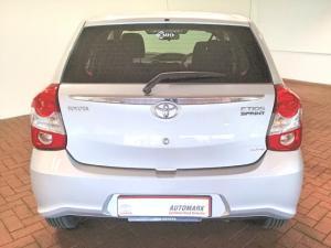 Toyota Etios hatch 1.5 Xs - Image 4