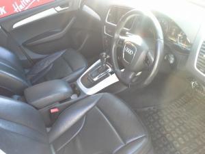 Audi Q5 2.0T quattro auto - Image 5
