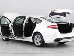 Ford Fusion 2.0T Trend - Image 10