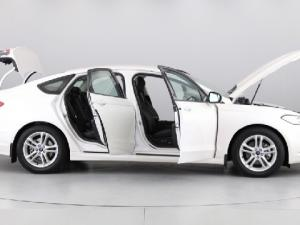 Ford Fusion 2.0T Trend - Image 13