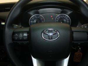 Toyota Hilux 2.4 GD-6 RB SRXS/C - Image 8