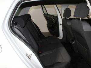 Volkswagen Golf VII 1.4 TSI Comfortline DSG - Image 13