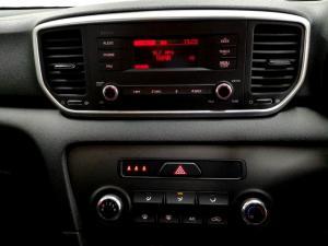 Kia Sportage 2.0 Ignite + automatic - Image 26