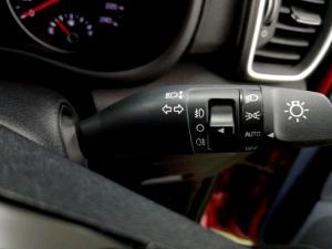 Kia Sportage 2.0 Ignite + automatic - Image 28