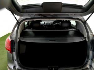 Kia Sportage 2.0 Crdi AWD automatic - Image 10