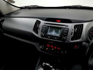 Kia Sportage 2.0 Crdi AWD automatic - Image 11