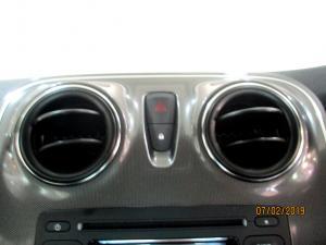 Renault Sandero 900T Stepway Expression - Image 26