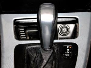 BMW 325i Sport automatic - Image 22