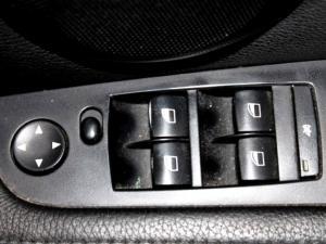 BMW 325i Sport automatic - Image 25