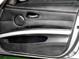 BMW 325i Sport automatic - Image 26