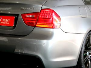 BMW 325i Sport automatic - Image 29
