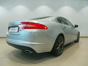Jaguar XF 2.2D Premium Luxury - Image 3