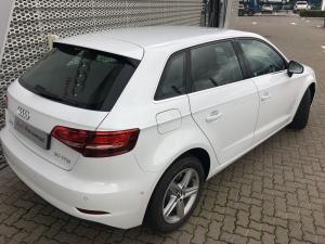 Audi A3 Sportback 1.0 Tfsi Stronic - Image 21