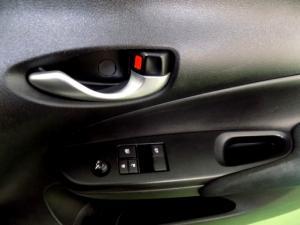 Toyota Yaris 1.5 Xi 5-Door - Image 21