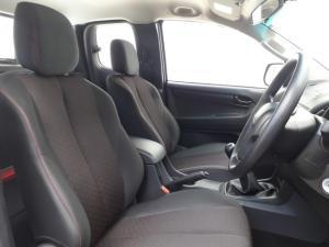 Isuzu D-Max 2.5 TD double cab Hi-Rider - Image 6