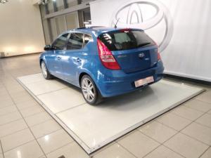 Hyundai i30 2.0 GLS - Image 3