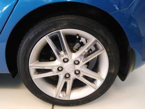 Hyundai i30 2.0 GLS - Image 9
