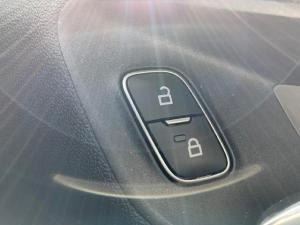 Ford Fiesta 1.0 Ecoboost Trend 5-Door automatic - Image 15
