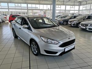 Ford Focus 1.0 Ecoboost Ambiente automatic - Image 3